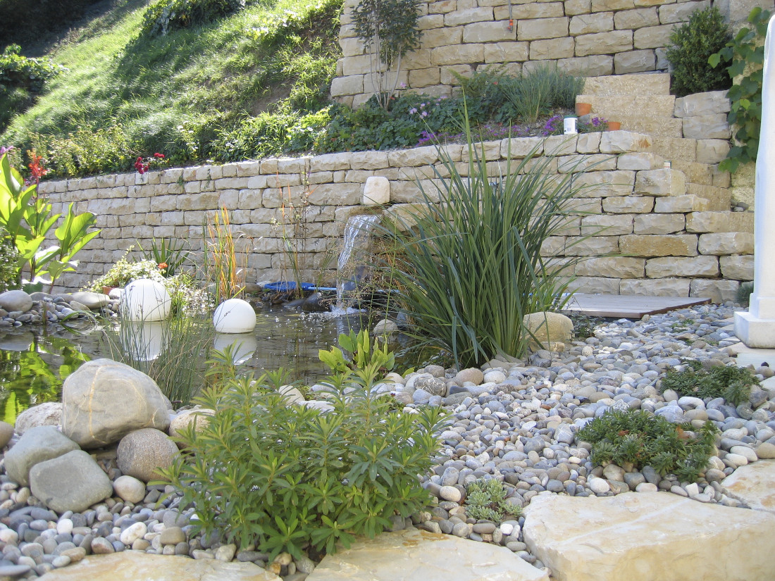 Wasser im garten reding g rten for Wasser garten